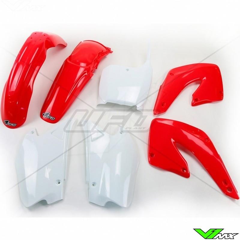 c r plastics Replica plastics for all mx bike models – cr, crf sturdy, resistant, flexible and glossy plastics for dirt bikes.