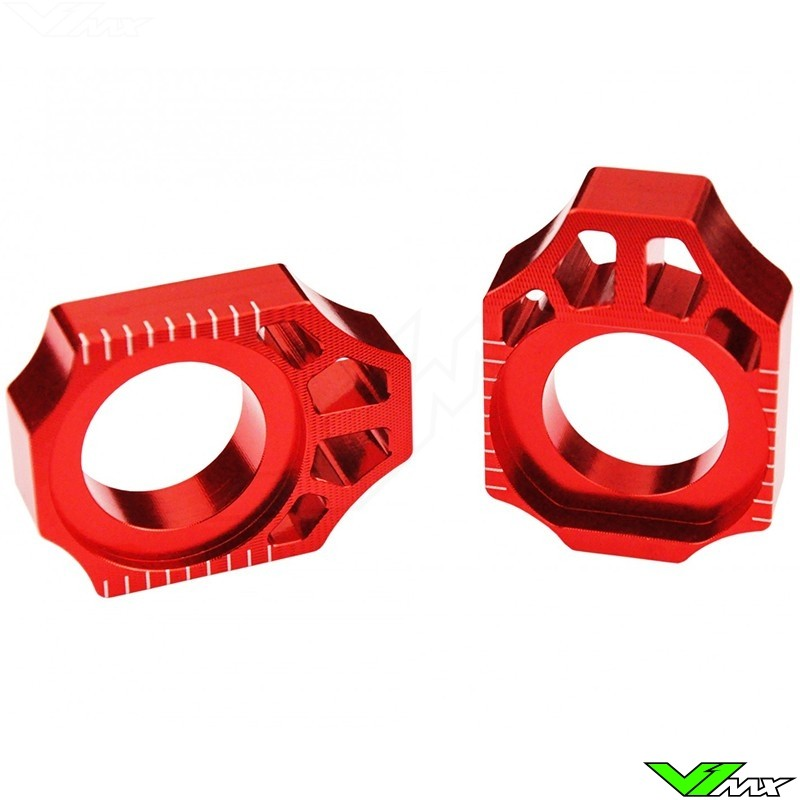 Scar Rear Axel Adjuster Blocks Red - Kawasaki KX125 KX250 KXF250 KXF450 KLX450 Suzuki RMZ250 RMZ450 RMX450Z